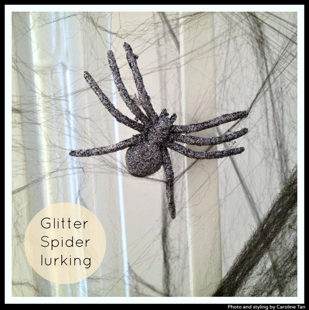 Glitter-spider-Halloween-by-Caroline-Tan-for-Little-Big-Bell-blog
