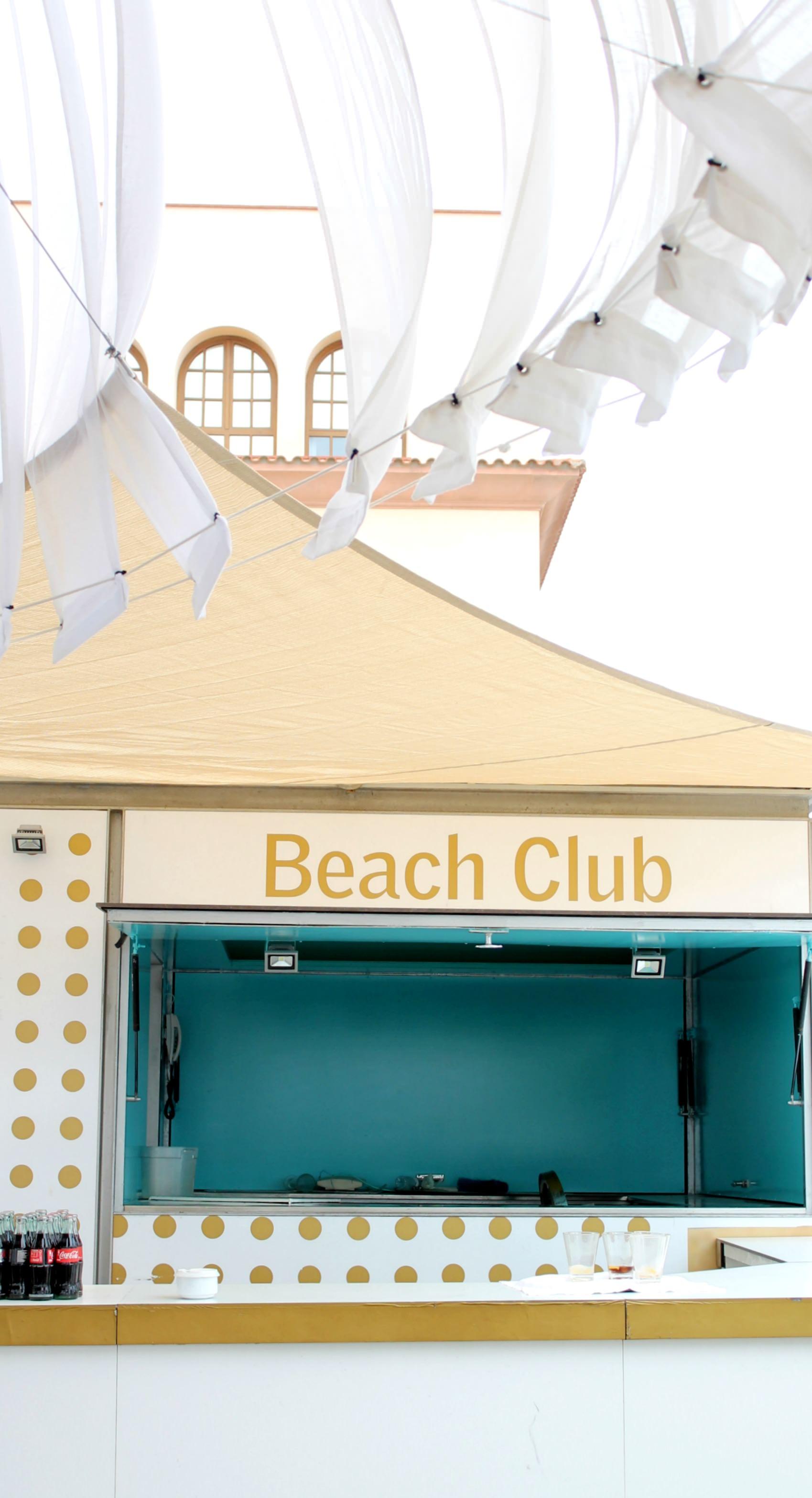 Le-Meridien-Ra-beach-club-photo-by-Little-Big-Bell