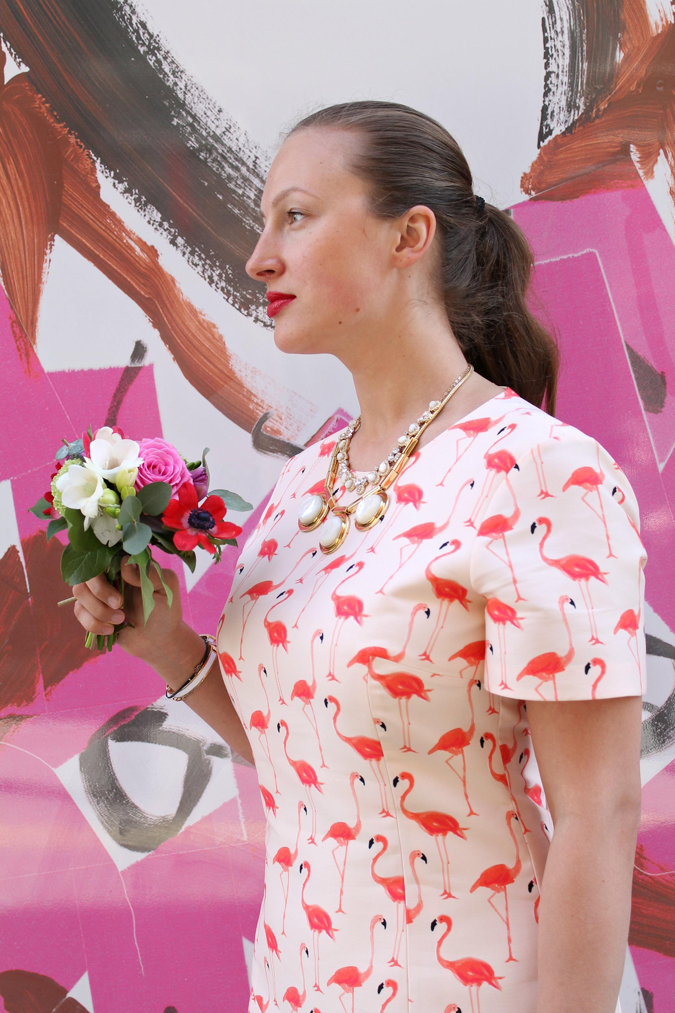 Kate-Spade-Flamingo-sheath-dress-photo-by-Little-Big-Bell