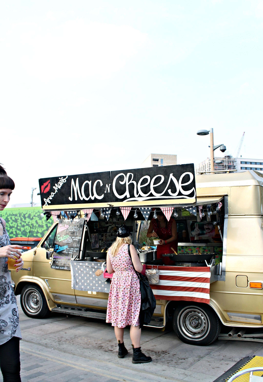 Anna-Mae's-mac-and-cheese-photo-by-Geraldine-Tan-Little-Big-Bell