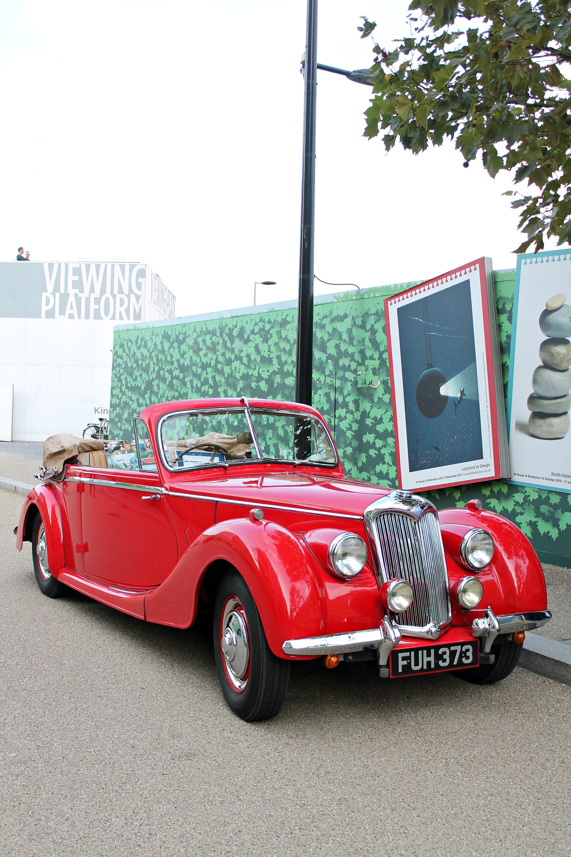 Classic-car-boot-sale-photo-by-Geraldine-Tan-Little-Big-Bell
