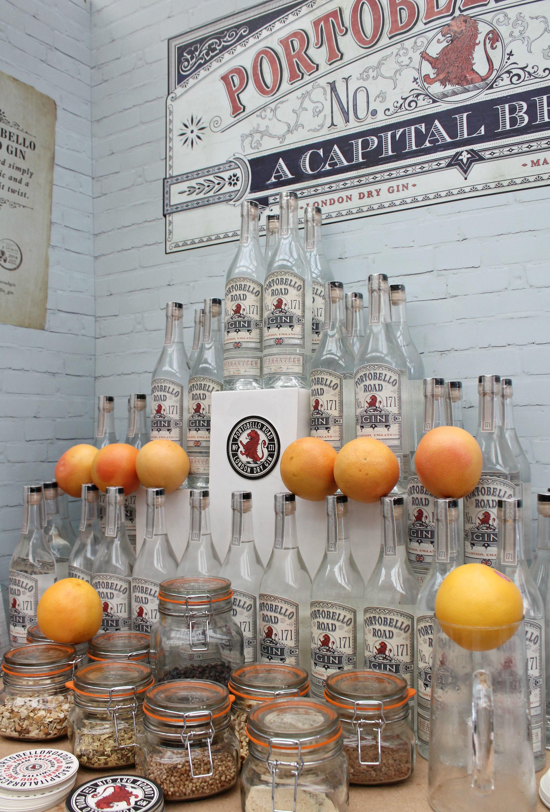 Portobello-road-gin-photo-by-Little-Big-Bell