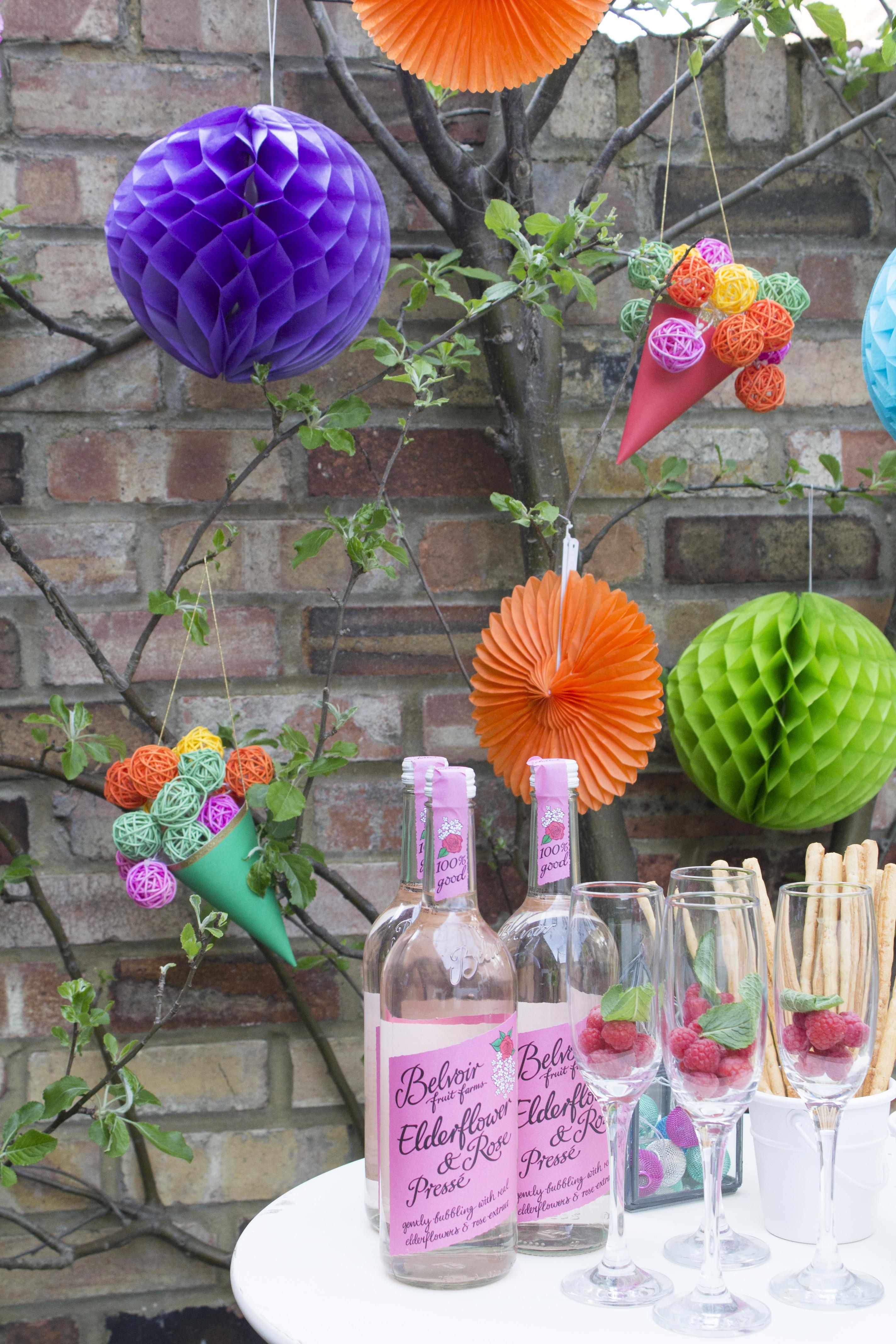 Macmillan-Summer-Lights-tea-party-photo-by-Geraldine-Tan-Little-Big-Bell