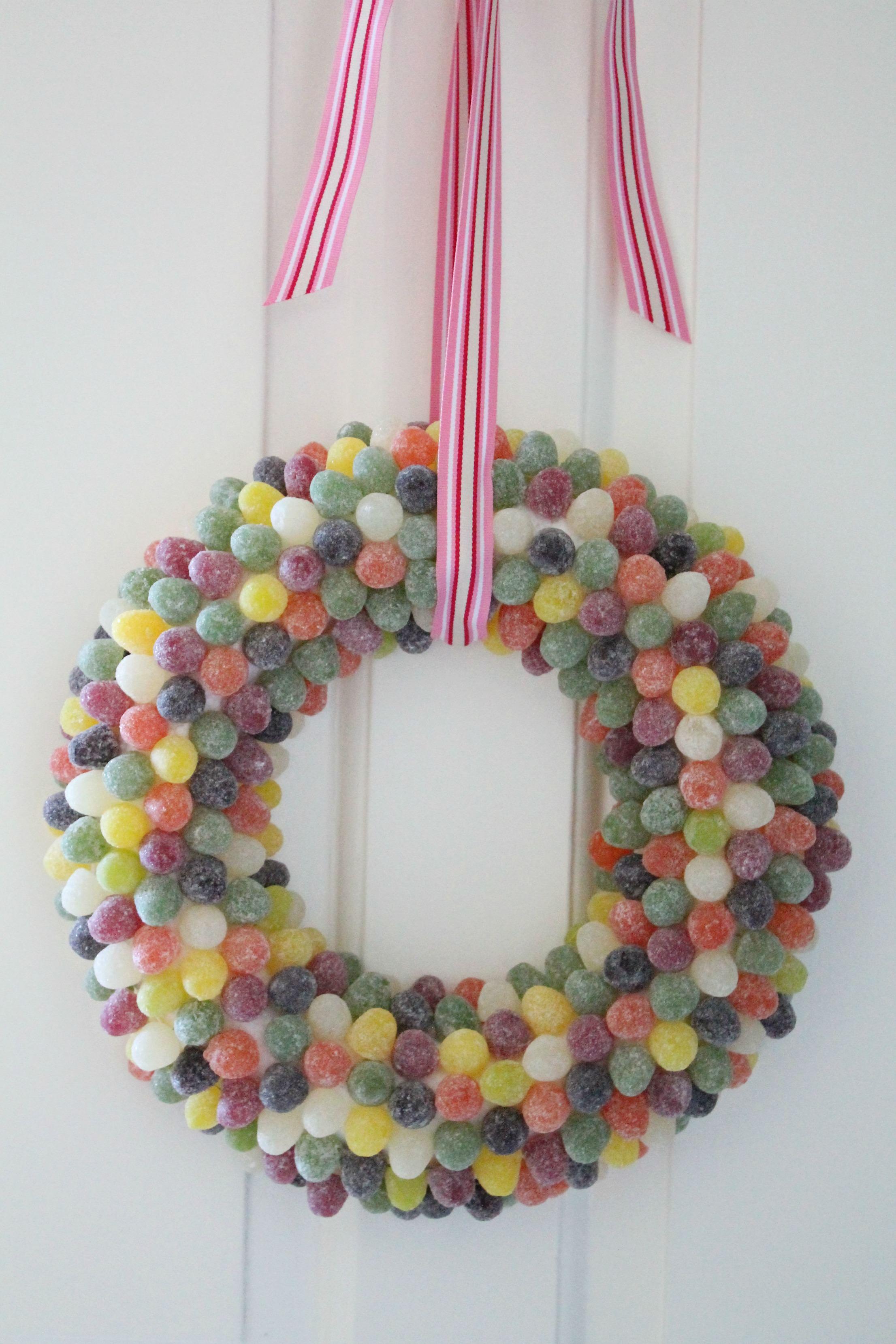 gumdrops-wreath-for-christmas-little-big-bell