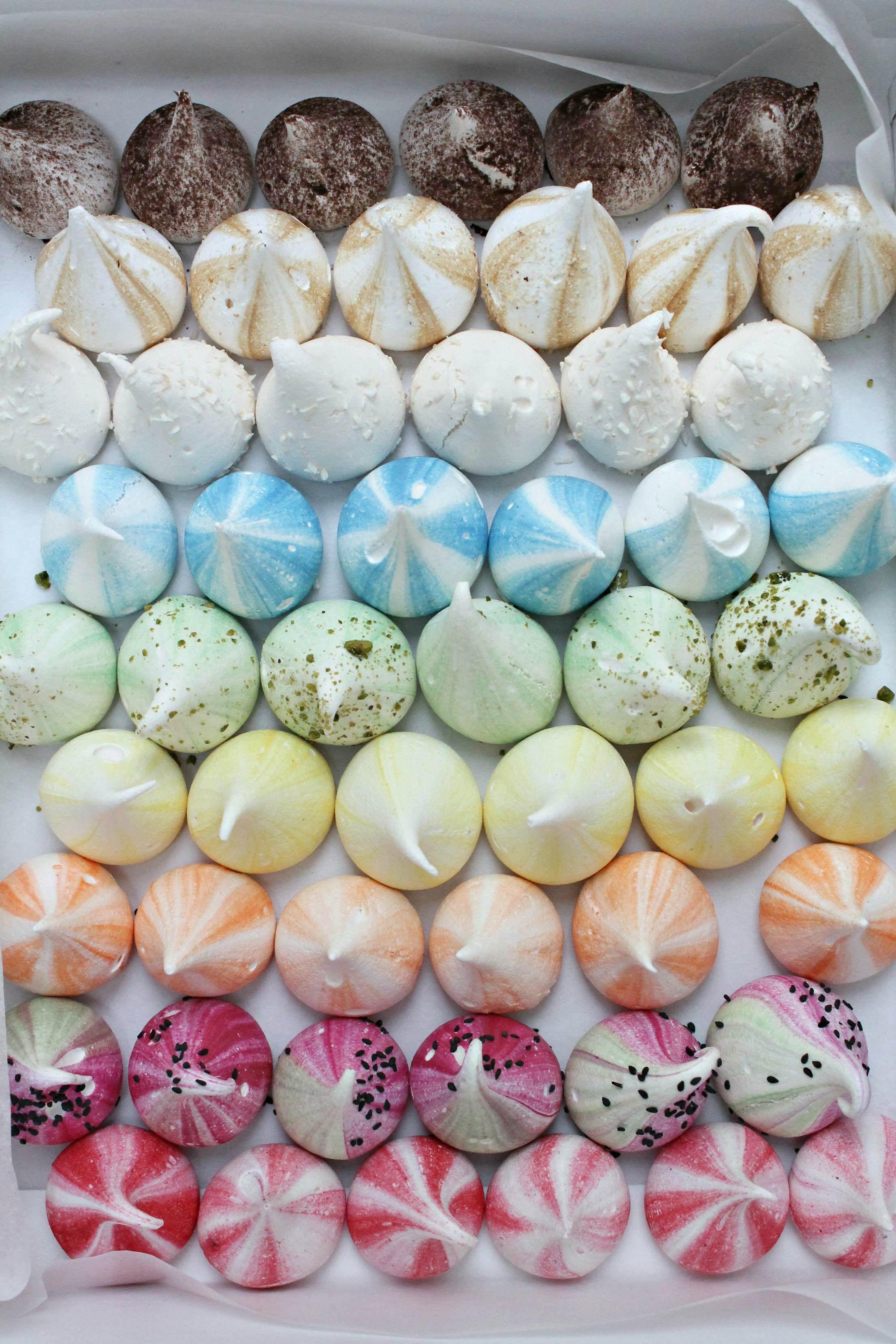 meringue-girls-colourful-meringues-little-big-bell
